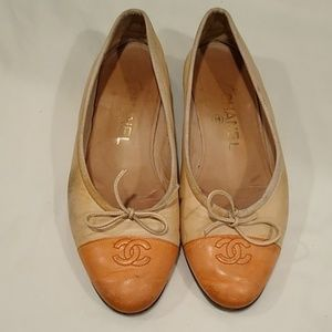 Chanel peach and nude ballet flats size 37 US 7